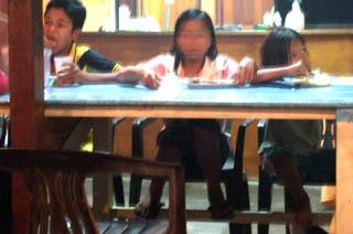 20070926ABCRestaurante2-TiomanMalaysia.jpg