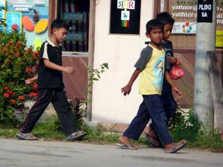 20070926ChicosDeTekek-TiomanMalaysia.jpg