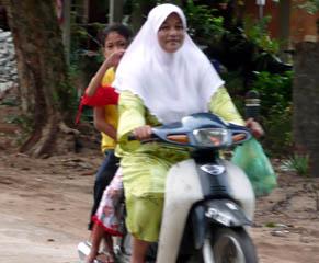 20070926Moto1-TiomanMalaysia.jpg