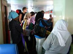 20070928EnFerry-TiomanMalaysia.jpg