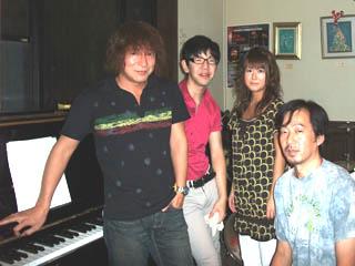 20080831KojiFujitaLosVecinos.JPG