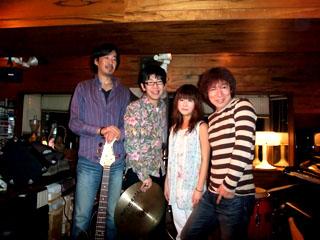 20081108LosVecinos-KojiFujita-MasaruFunahashi-YoheiTakasaki-MegumiNozaki.jpg