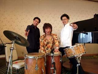 20100504KojiFujita-IsseiYoshiba-YoshiyasuFujimaki-LiveAtInageMemorialHall.jpg