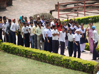 20110403Smile-Nalanda.jpg