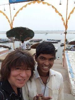 20110408Joy%26KojiFujita-Banaras.jpg