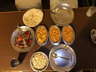 20110409ComidaTipicalIndiana-GangaFujiRestaurant-Banaras.jpg