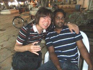 20110410Saddam%26KojiFujita-Khajuraho.jpg