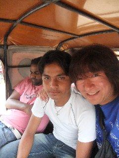 20110411KojiFujita%26Friend-Khajuraho.jpg