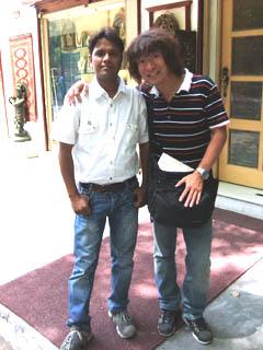 20110413Assim%26KojiFujita-Delhi.jpg