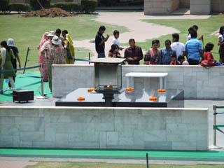 20110414RajGaht-Delhi.jpg