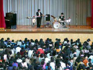 KojiFujita%26YoheiTakasakiPercssionDuo2-20080304.jpg