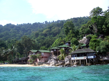 パヌーバ・・熱帯ジャングルの一軒宿